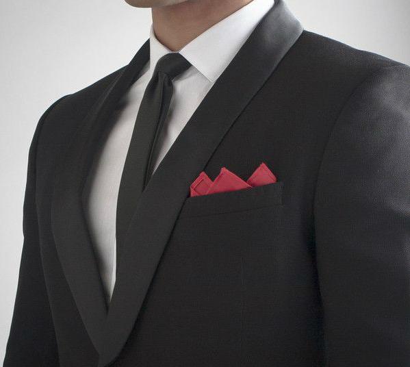 corbata_negra_pañuelo_rojo