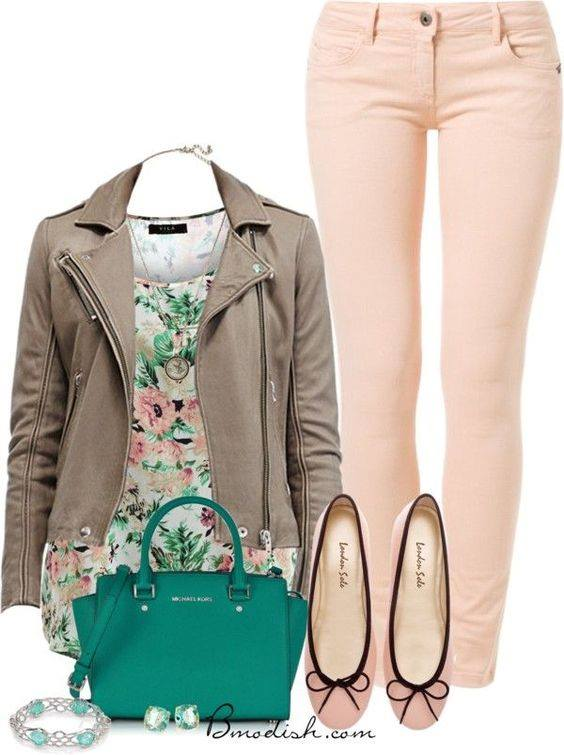 Flats con jeans y chaqueta cuero