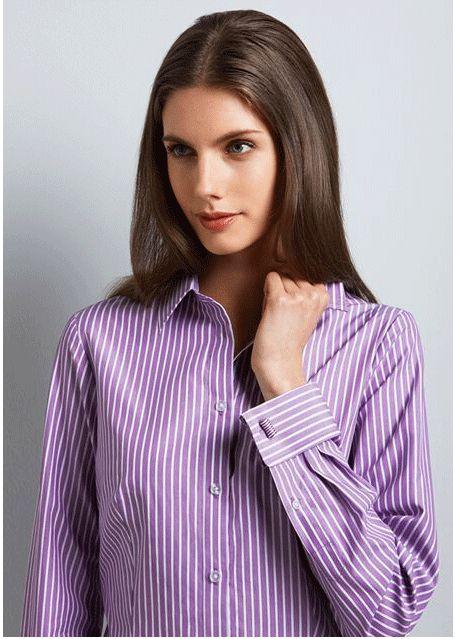 Blusa lila con mancuernillas