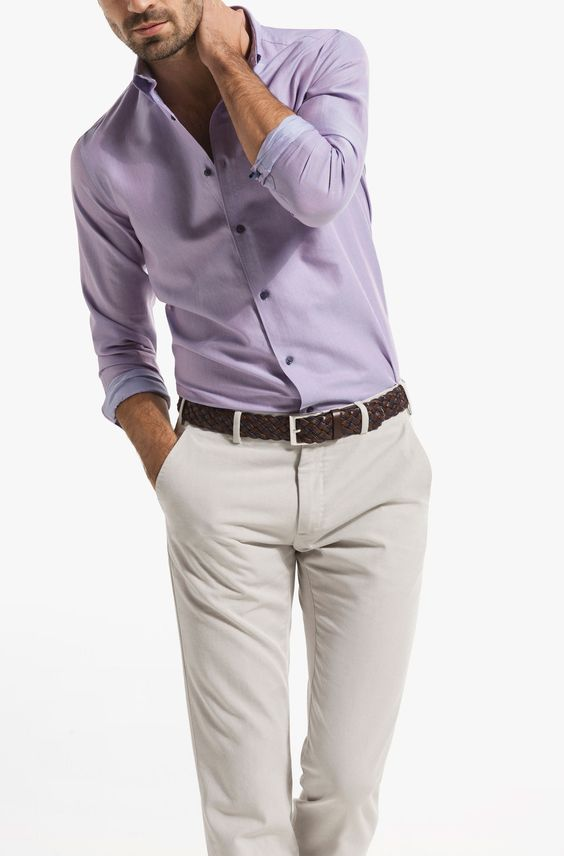 Cinturón y pantalón de gabardina