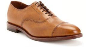 Zapatos de agujetas
