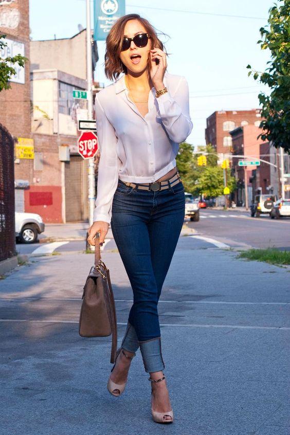 Jeans y blusa casual manga larga