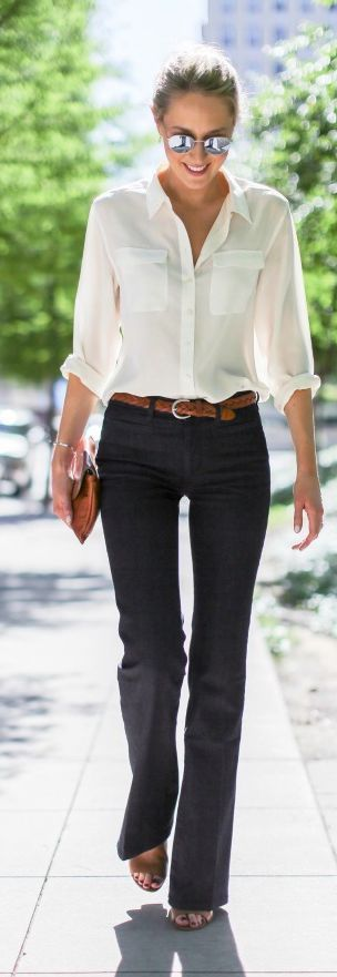 Jeans y blusa casual de manga larga